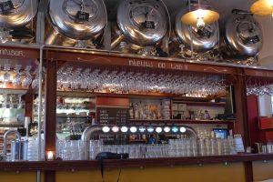 Brouwerij Troost uitsschenktanks